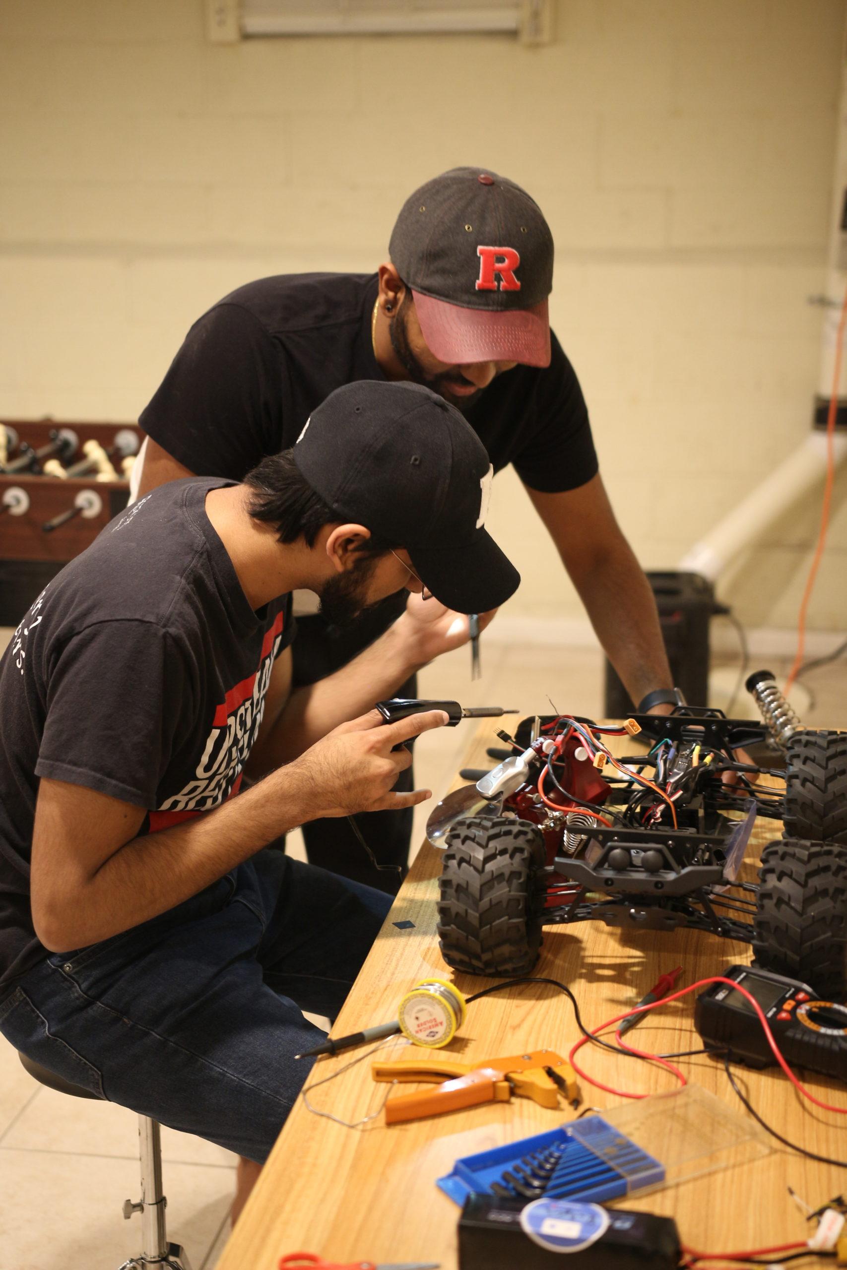 Aersys CTO repairing Kiwibot